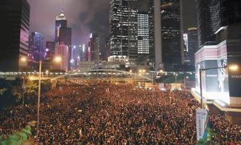 香港デモ最多「2百万人」
