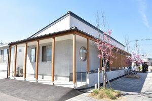 完成したひらまつ病院の病児保育施設「ひつじさんの部屋」。4月1日から利用登録を受け付ける=小城市小城町