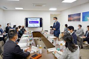 山口祥義知事と県教育委員会が意見を交わした県総合教育会議=佐賀県庁