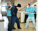 【動画】不審者対応、実践的に学ぶ 佐賀市体育施設で防犯訓練