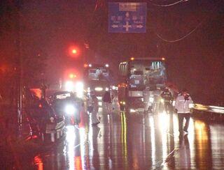 九電協力会社のバスに軽自動車が衝突 唐津、軽運転の80代男性死亡