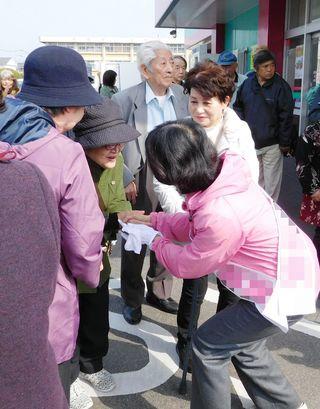<激戦区・2019県議選(1)>佐賀市 女性候補複数、注目区に
