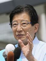 静岡県知事選で支持を訴える川勝平太氏=3日、静岡市