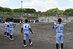 造成以来、初の高校野球の公式戦が行われたさがけいば球場=鳥栖市江島町
