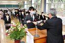 敬徳高通信制16人卒業式