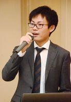 知財のビジネスマッチングの利点を解説した特許庁の鈴木貴久産業財産権専門官=佐賀市