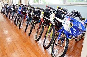 ずらっと並ぶ子ども向けの自転車。コロナで自転車需要が高まる一方、中国からの輸入が止まり、4月ごろは品薄感もありました