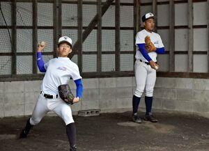 練習に汗を流す生徒たち。高校野球は3月下旬から春の県大会を控えており、対応が注目される=佐賀市の北陵高