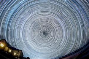 2013年、モンゴルで撮影した星の軌跡