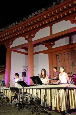 秋の夜長、多彩な響き 「肥前国庁跡」で音楽祭