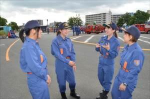 防災の広報活動などで活躍する鳥栖市女性消防団の皆さん