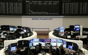 フランクフルト証券取引所=24日(ロイター=共同)