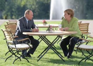プーチン氏が包囲網切り崩し