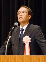 「どうなる?これからの私たちの日本と憲法」で講演する織田邦男氏=佐賀市のアバンセ