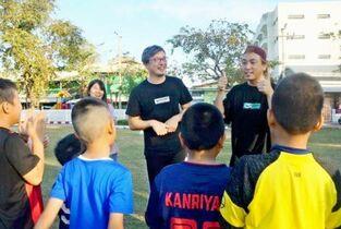 ダンスでサッカー技術学ぶ 佐賀市…