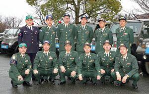大会を支えている陸上自衛隊久留米駐屯地の隊員たち=基山町役場