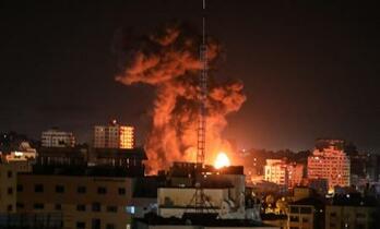 イスラエル、ガザ集中空爆