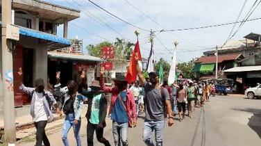 ミャンマーで80人超死亡と報道