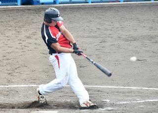 <アマチュア野球>ピースリー佐賀、競り勝つ