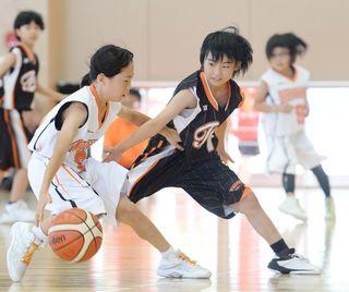 男女8強決まる 学童五輪ミニバスケ