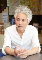 27日に佐賀市のRAG-Gでライブを開くシンガー・ソングライターの大森洋平=佐賀市の佐賀新聞社