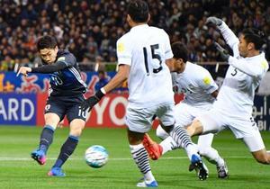 サッカー、日本がタイと対戦