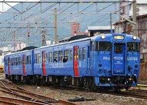 6月末で引退し、19、20日に佐賀県内のJR筑肥線と唐津線を走る「キハ66、67形」(JR九州提供)