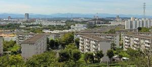 多摩ニュータウンの街並み=東京都多摩市