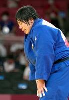 女子78キロ超級で初優勝し、感極まる素根輝=日本武道館