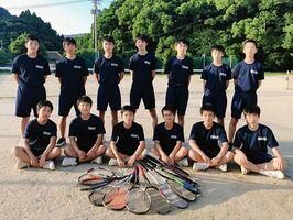 伊万里中男子ソフトテニス部