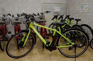 JR武雄温泉駅などで貸し出すクロスバイクタイプの電動自転車
