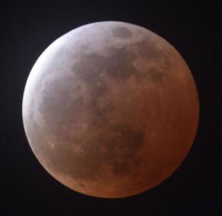 31日に全国で「皆既月食」