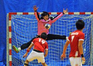 トヨタ紡織九州10敗目 日本ハンドボールリーグ
