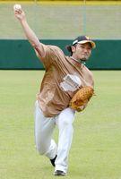 力強い速球を取り戻し、米球界に挑戦する北方悠誠投手=栃木県の小山運動公園野球場