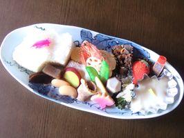黒牟田応法地区の6窯元で味わえる陶彩弁当の一例