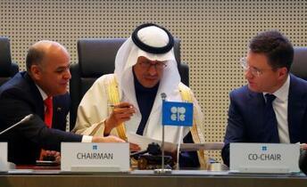 原油減産拡大で合意