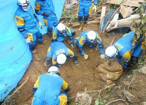 広域緊急援助隊が活動した熊本県芦北町の現場(県警提供)