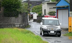 大塚千種さんが倒れていたとみられる現場付近=14日午前、佐賀県鳥栖市