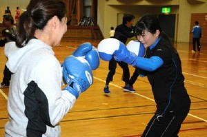 中学女子56キロ級で準優勝した片峰憧子さん=唐津市浜玉町の中央公民館