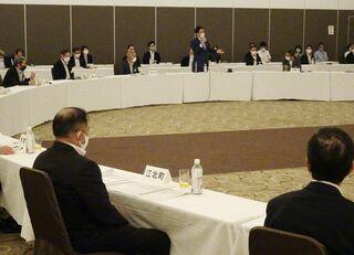 <新幹線長崎ルート>佐賀県と20市町の議長、意見交換