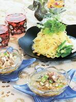 オクラと長芋のエスニックつけ麺
