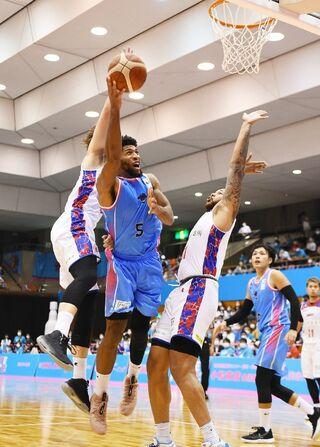 佐賀バルーナーズ、熊本に競り勝つ 佐賀93-85熊本