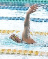競泳女子800メートル自由形で短水路の県新を記録した佐賀学園の藤井みなみ=佐賀市の県総合運動場水泳場