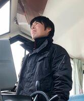 定期船を運航する樋口健太郎さん