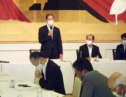 自民党佐賀県連の役員改選案などを議論した総務会=佐賀市のガーデンテラス佐賀ホテル&マリトピア