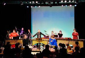昨年2月に開いた「金曜夜のコンサートvol.6」のステージ(提供写真)