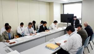 緊急放流のノリ漁への効果を確認した佐賀県有明海再生推進本部幹事会=県庁