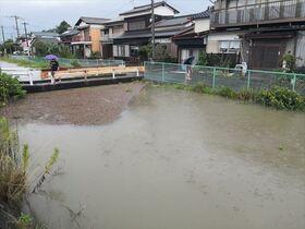 大雨で住民避難、交通も乱れ 佐賀…