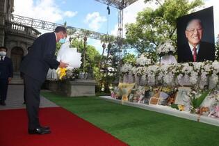 米長官、台北で李登輝氏を追悼