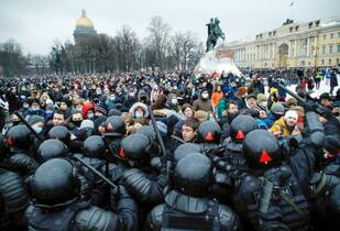 ロシア全土で反体制派釈放要求